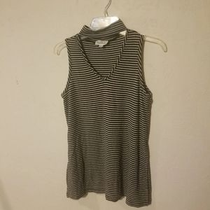 Cloud Chaser top. Small. Great condition.